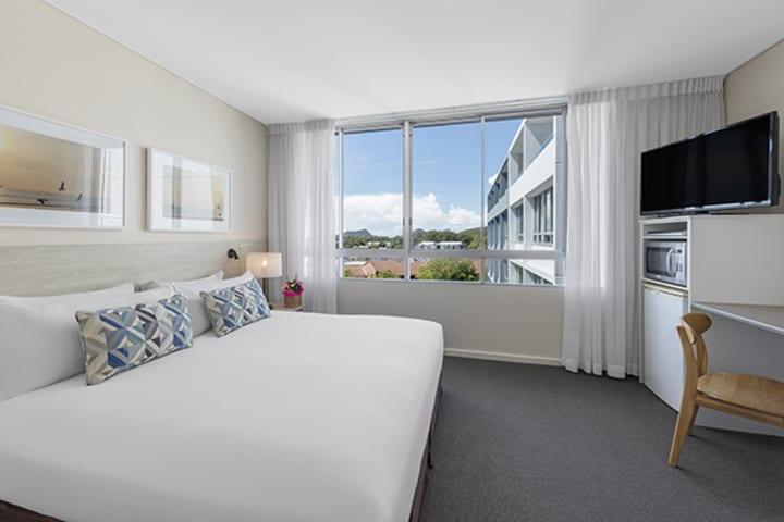 Oaks Lure New Hotel Room Premier Bedroom