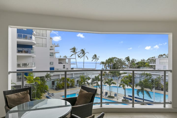 Big balcony of 3 bedroom hotel apartment in Hervey Bay