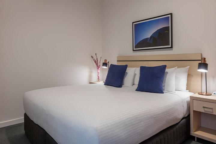 Oaks Melbourne on Market Hotel 1 Bedroom View Bedroom