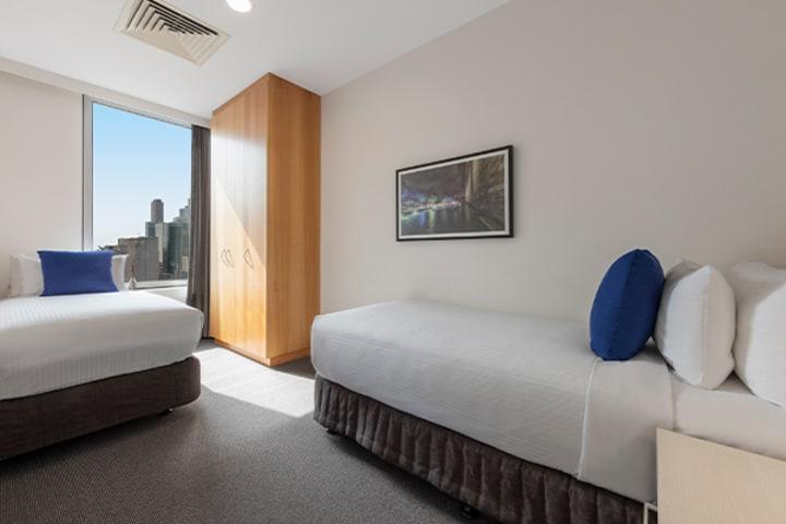 Oaks Melbourne on Market Hotel 2 Bedroom View Bedroom