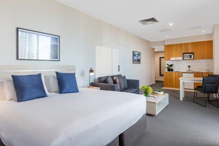 Oaks Melbourne on Market Hotel Studio Premium Living In
