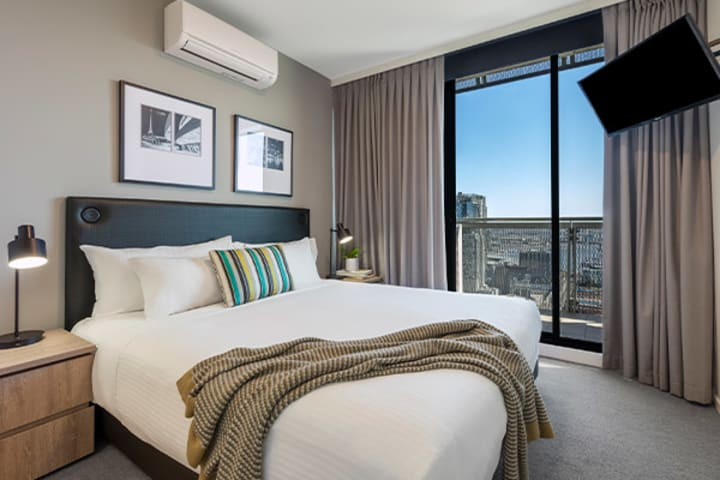 Oaks Melbourne on William Suites 2 Bedroom Executive
