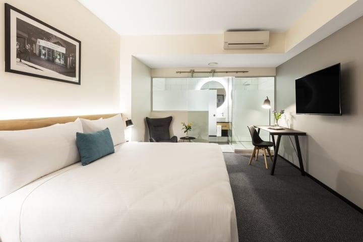 Oaks Wellington Hotel Hotel Room Bedroom