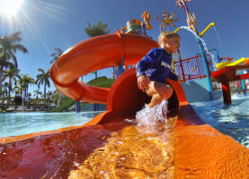 For families seeking a coastal escape blending fun, free entertainment and a relaxed seaside location, Oaks Oasis Resort on Queensland's glorious Sunshine Coast presents as the ultimate family-friendly holiday destination