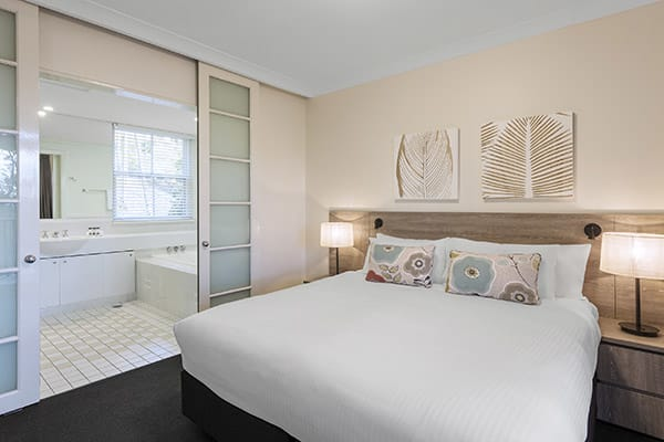 Oaks Cypress Lakes Resort 1 Bedroom Premier Villa Bedroom