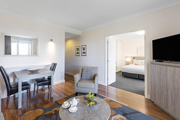 Oaks Cypress Lakes Resort 1 Bedroom Premier Villa Living