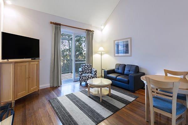 Oaks Cypress Lakes Resort 1 Bedroom Villa Living