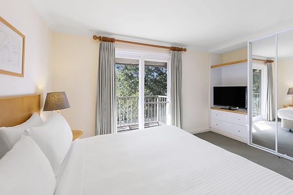 Oaks Cypress Lakes Resort 2 Bedroom Villa Bedroom