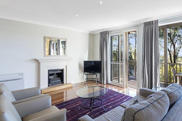 Oaks Cypress Lakes Resort 3 Bedroom Premier Villa Living