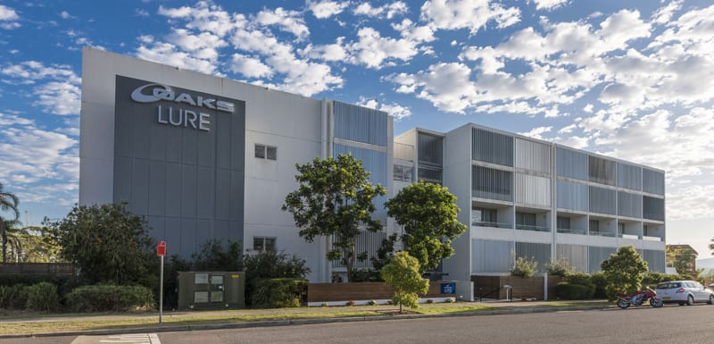 Best Nelson Bay hotels exterior view of oaks lure hotel near Mount Tomaree and Karuah River