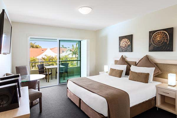 master bedroom in 3 bed family apartment at oaks pacific blue resort