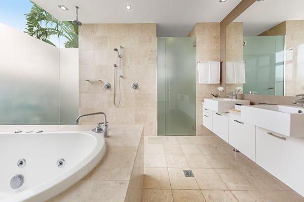 Oaks Santai Resort Casuarina Bedroom Executive Bathroom