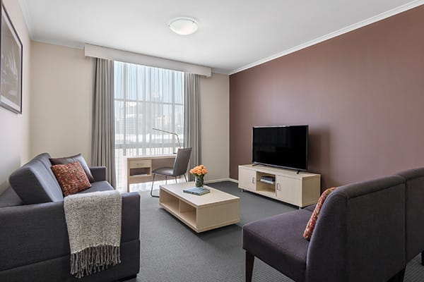 Oaks Sydney Goldsbrough Suites 2 Bedroom City Skyline