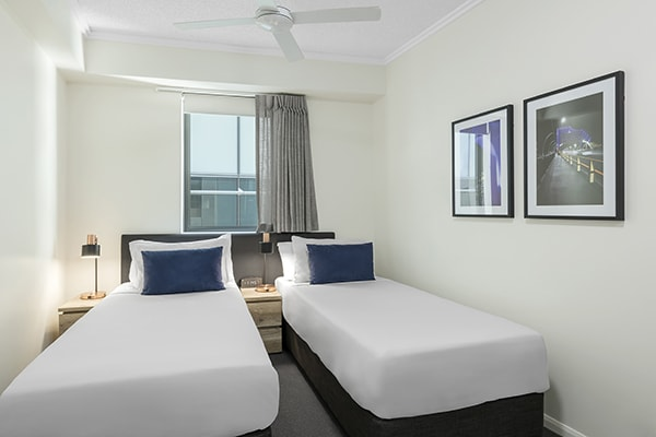 two single beds at 2 Bedroom apartment of Oaks 212 Margaret brisbane hotel