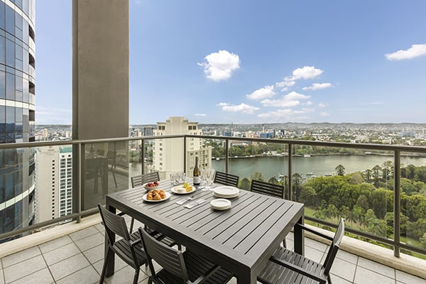 spacious private balcony with nice brisbane river view at oaks 212 margaret 4 bedroom brisbane hotel