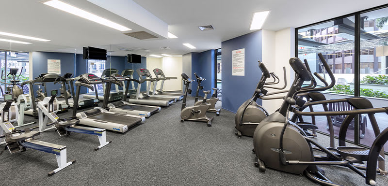 Fully equipped gym at Oaks Aurora hotel on Queen St in Brisbane city