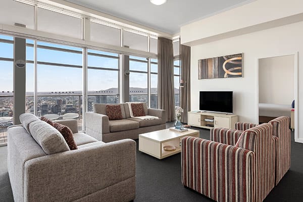 3 bedroom penthouse with TV and balcony in Brisbane city near Treasury Casino at Oaks Casino Towers Brisbane hotel