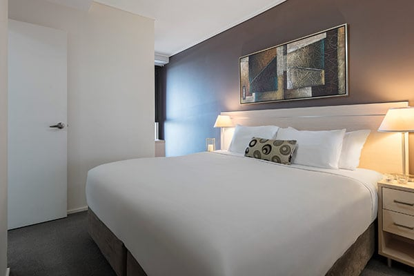 Oaks Brisbane Felix Suites 1 Bed Executive Bedroom with king sized Bed