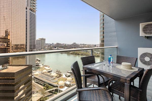 Oaks Brisbane on Felix Suites 2 Bedroom Story Bridge View Balcony with Brisbane River and Story Bridge View