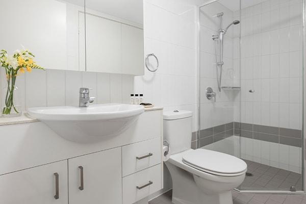Oaks Brisbane on Felix Suites 2 Bedroom Story Bridge View Bathroom one with shower