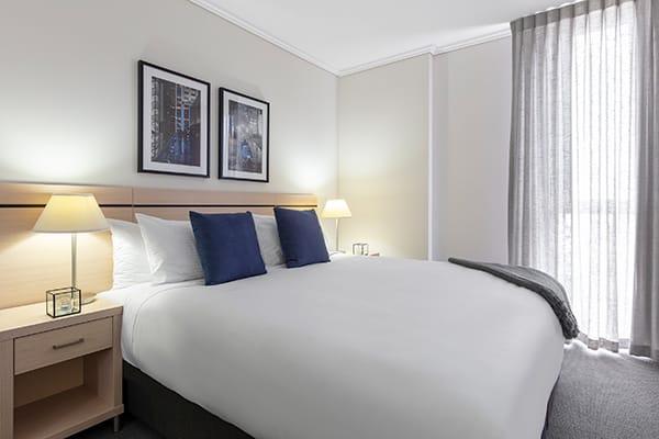 Oaks Brisbane Festival Suites 2 Bed Executive Bedroom