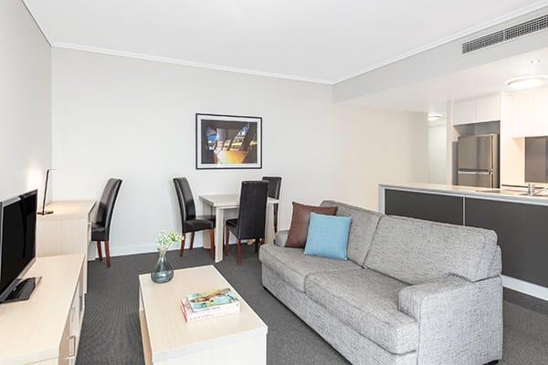 Oaks Brisbane Festival Suites 2 Bed Executive Living