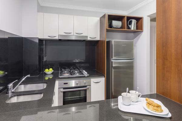 Oaks Brisbane Lexicon Suites 1 Bedroom Executive Kitchen