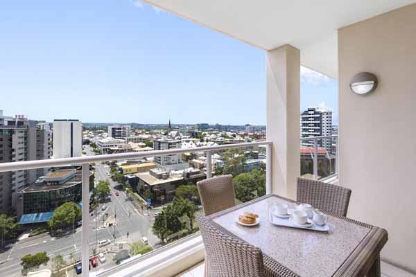 Oaks Brisbane Lexicon Suites 2 Bedroom Executive Balcony