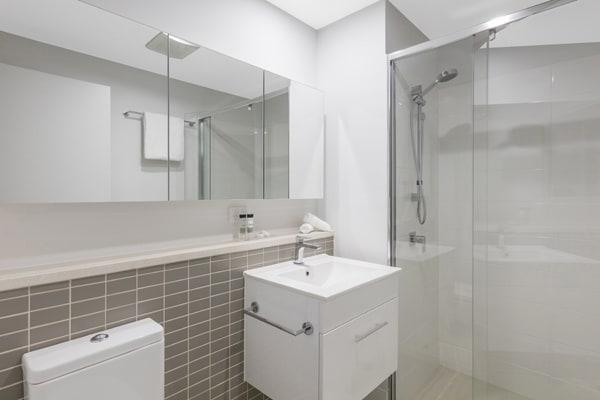 Oaks Woolloongabba 1 Bedroom Executive Bathroom