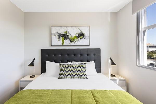 Oaks Brisbane Woolloongabba 2 Bedroom Executive Bedroom