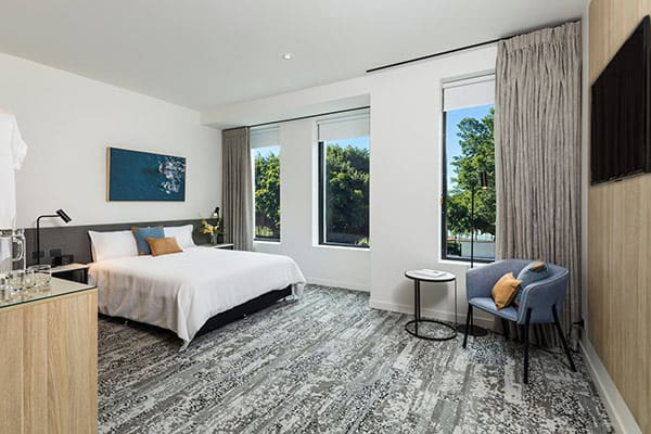 oaks cairns hotel 2 bedroom dual key out 1 600x400