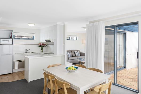 Oaks Calypso Plaza 2 Bedroom Ocean Premier Dining at Coolangatta, Gold Coast