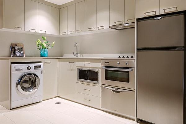 Oaks Gold Coast 1 Bedroom Ocean View Kitchen
