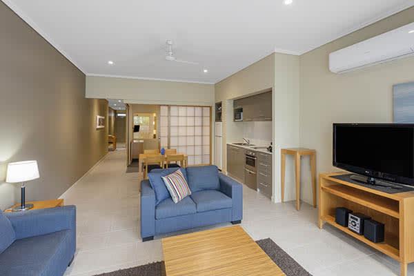 Oaks Resort Spa Hervey Bay 1 Bedroom Pool View Living Room