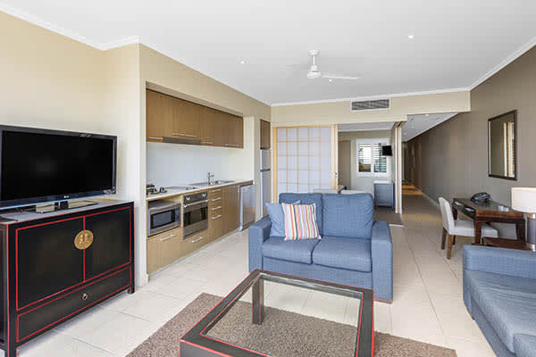Oaks Resort Spa Hervey Bay 1 Bedroom Premier Ocean View Living Room