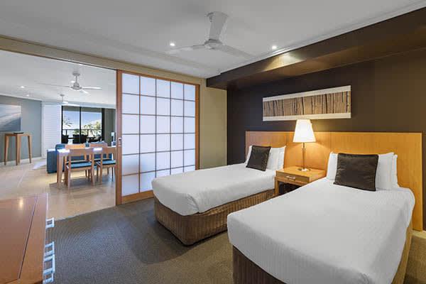 Oaks Resort Spa Hervey Bay 2 Bedroom Ocean View Bedroom