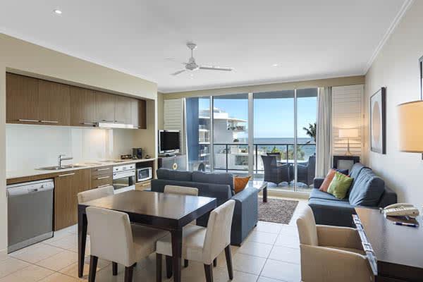 Oaks Resort Spa Hervey Bay 2 Bedroom Ocean View Living Room