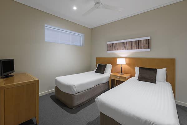 Oaks Resort Spa Hervey Bay 3 Bedroom Ocean View Bedroom