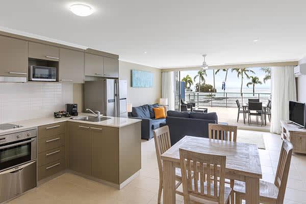 Oaks Resort Spa Hervey Bay 3 Bedroom Ocean View Dining