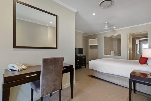 Oaks Hervey Bay Resort and Spa 3 Bedroom Penthouse Bedroom