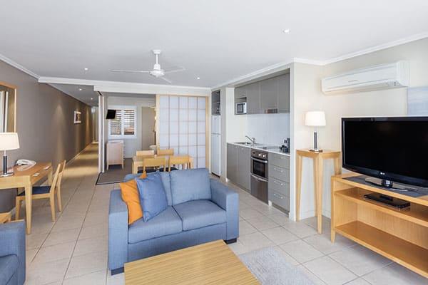 Oaks Resort Spa Hervey Bay 3 Bedroom Pool View Living Room