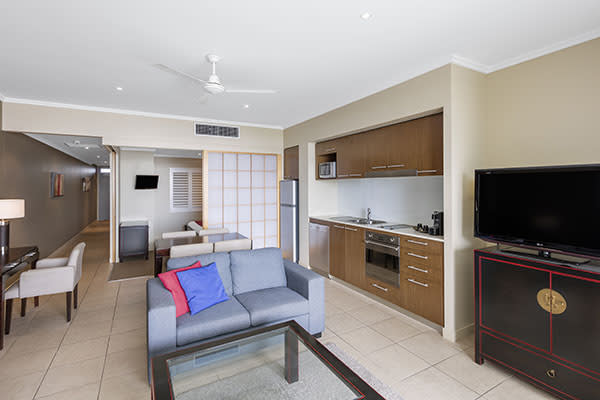 Oaks Resort Spa Hervey Bay 3 Bedroom Premier Ocean View Living Room