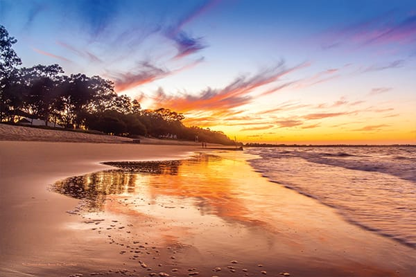 Sunset on beach in Hervey Bay near Oaks Holiday Resort