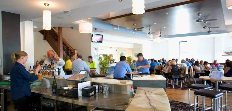 popular restaurant with lots of happy customers enjoying great food at Metropole Hotel restaurant near Oaks Metropole Hotel in Townsville