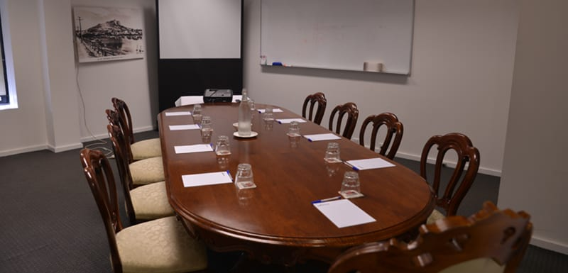 Small meeting room for hire in Townsville at Oaks Metropole Hotel