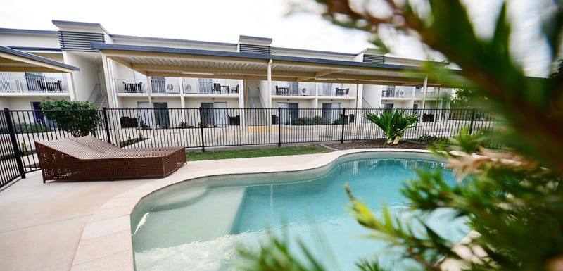 swimming pool with sun loungers at Oaks Middlemount hotel near airport and golf course