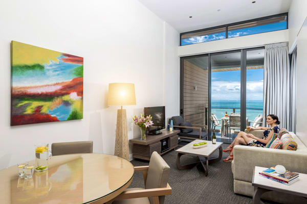 affordable 1 bedroom apartment accommodation at Mon Komo Hotel in Redcliffe with TV and wi-fi