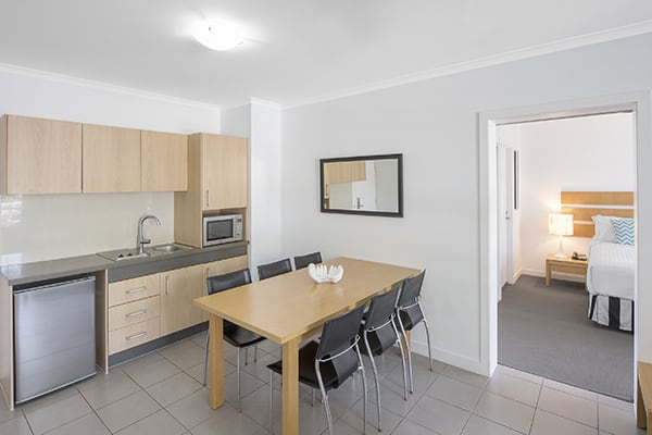 1 bedroom holiday apartment with kitchen Port Douglas