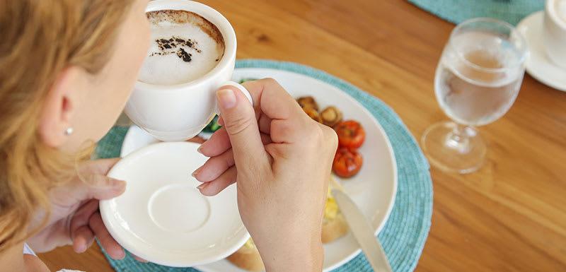 Oaks Rivermarque Bar & Grill Coffee Breakfast