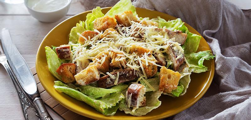 Oaks Rivermarque Bar & Grill Salad